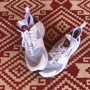 Nike GSG Huarache RN